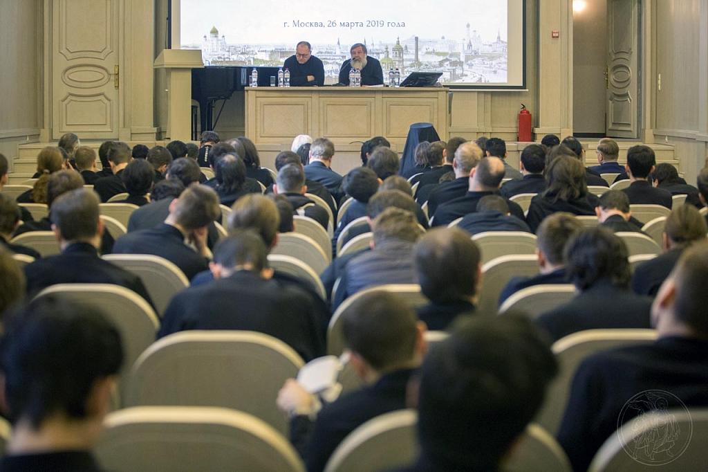 Сотрудники Лаборатории приняли участие в конференции «История развития церковных институтов» в Сретенской семинарии