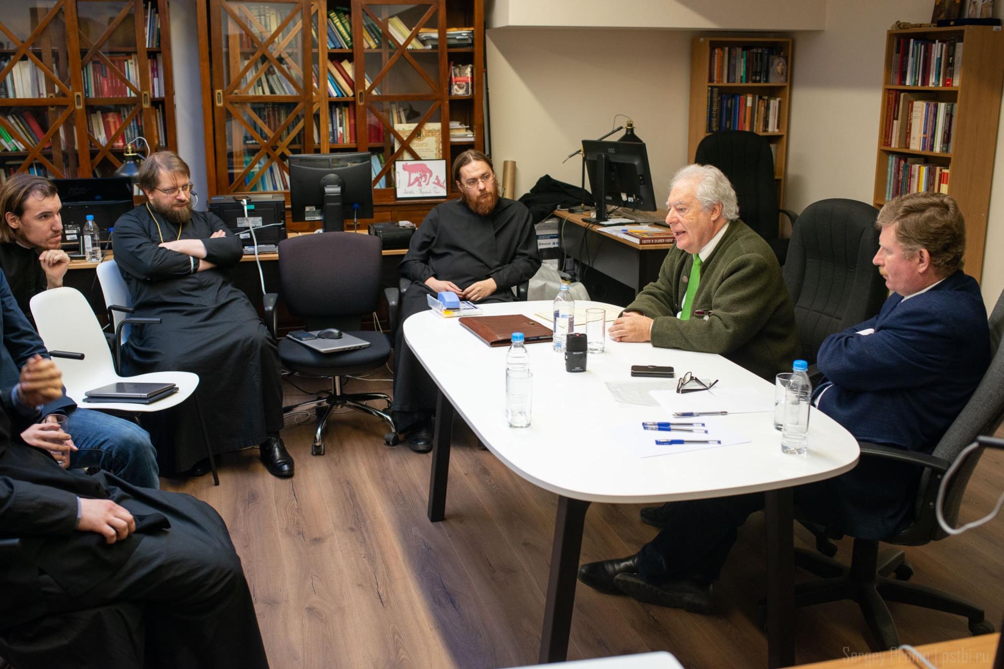 Луис Гарсия Морено представил в ЛИЦИ доклад о политической власти толедских епископов